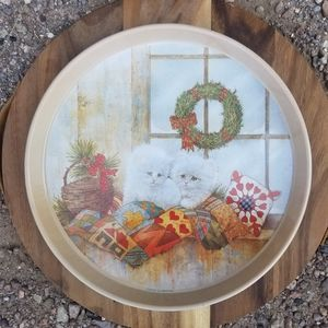 Vintage Accents - Vintage Giordano Christmas Cat Tin Circle Tray